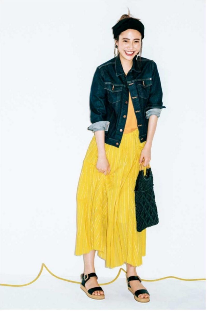 着るだけで華やぐ【真夏のきれい色ボトム】コーデ15選   ファッション_1_6