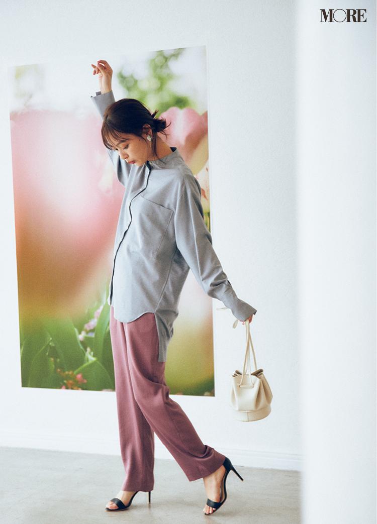 働く女子に必要な甘さときれいさは、モーヴピンクのパンツ×グレー配色で楽々クリア♡ _2