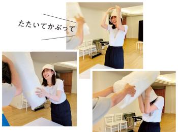 土屋巴瑞季が、スタイリスト石上美津江さんとまさかの勝負!【モデルのオフショット】