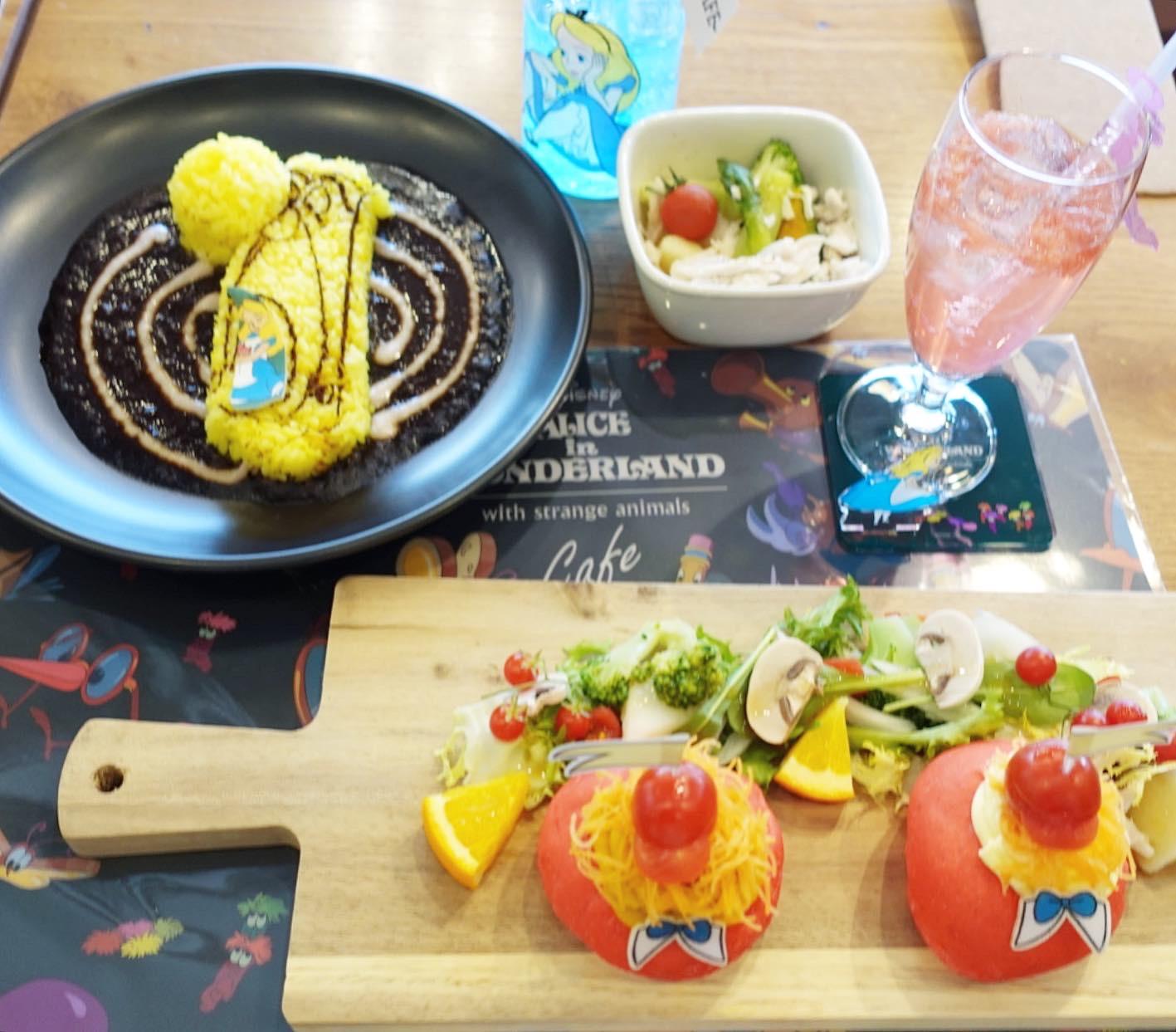 ふしぎの国のアリス好き必見!ふしぎの国のアリスカフェが大阪で開催中!ヘルシーメニュー満載の「OH MY CAFE」でアリスの世界観を堪能できちゃいます★_3