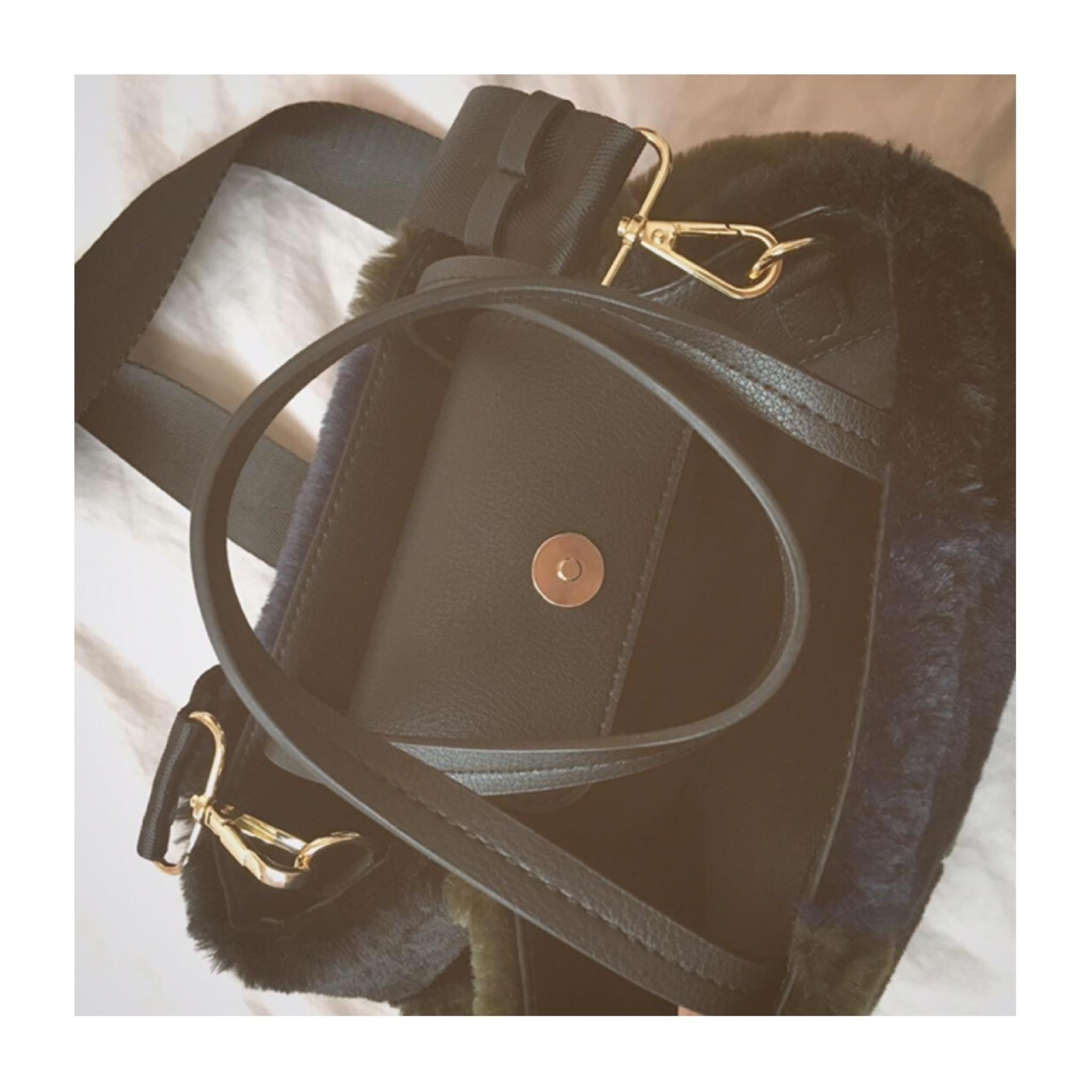 《ザラジョ必見❤️》褒められアイテム✌︎【ZARA】の2WAYファーバッグが高見えで可愛すぎる!_3