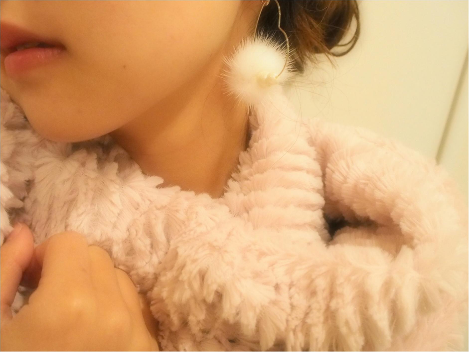 持っていると可愛い!やっぱり冬は「ファー小物」で女性らしく、冬らしく‼ ~ファーアイテム3選~_2