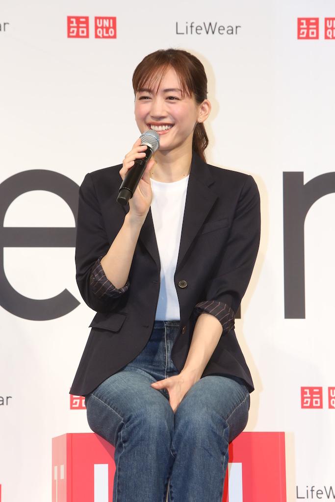 ユニクロLifeWearの、綾瀬はるかさんキャンペーンビジュアル