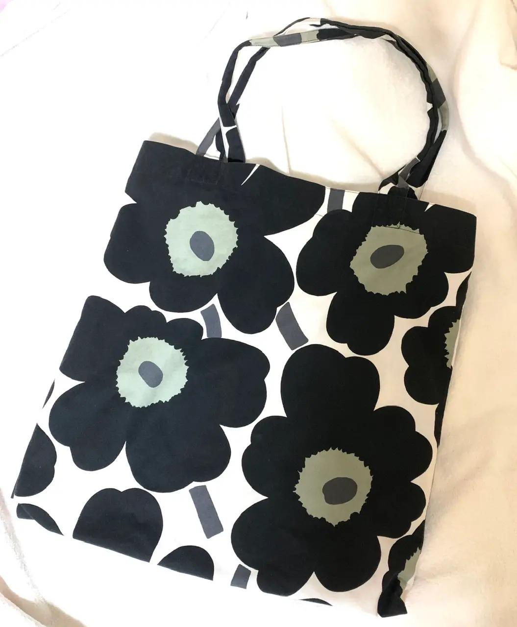 【働く女性のエコバッグまとめ】人気ブランドのおしゃれなバッグも♡ MOREインフルエンサーズのMyバッグ特集_24