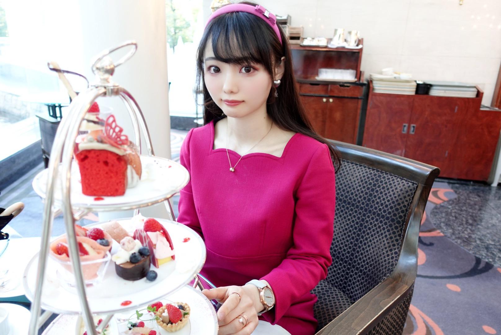 【大阪】ウェスティンホテル大阪の「Berry Berry アフタヌーンティー」でいちごを堪能!お庭に鯉も泳いでいて癒やされた_6