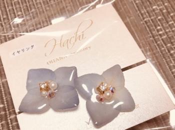 本物のお花を使用した《イヤリング》がとーってもキレイでかわいかったので購入しました♡