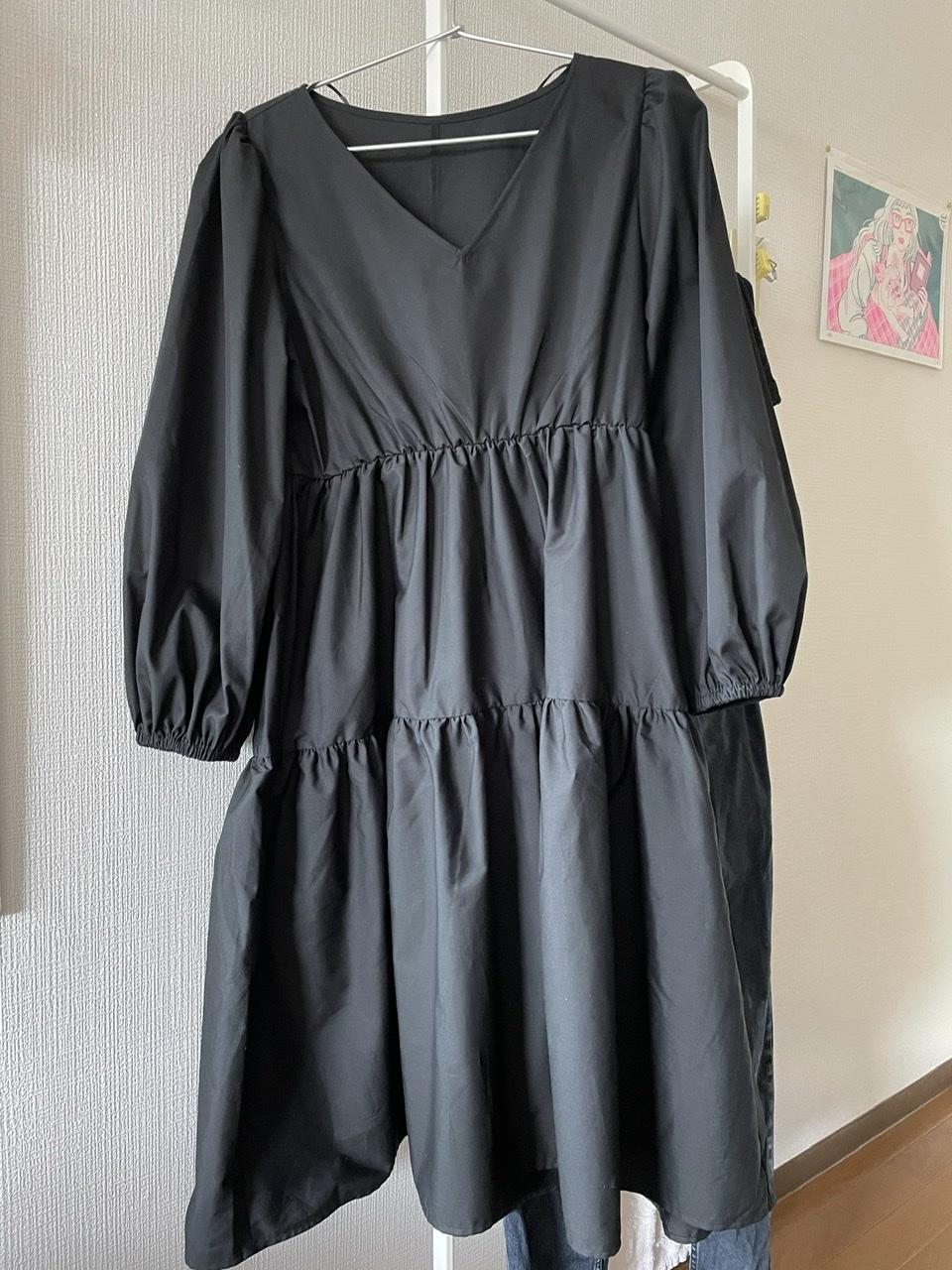 【GU】黒のティアードワンピで大人っぽ春コーデ_1