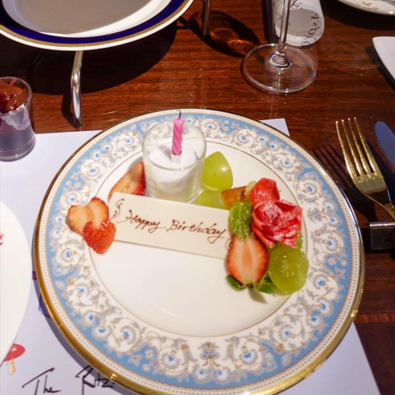 味も雰囲気も最高!?英国ブランド「Asprey」コラボクリスマスアフタヌーンティーが『ザ・リッツ・カールトン大阪』で!インスタ投稿で素敵なプレゼントも!?_6
