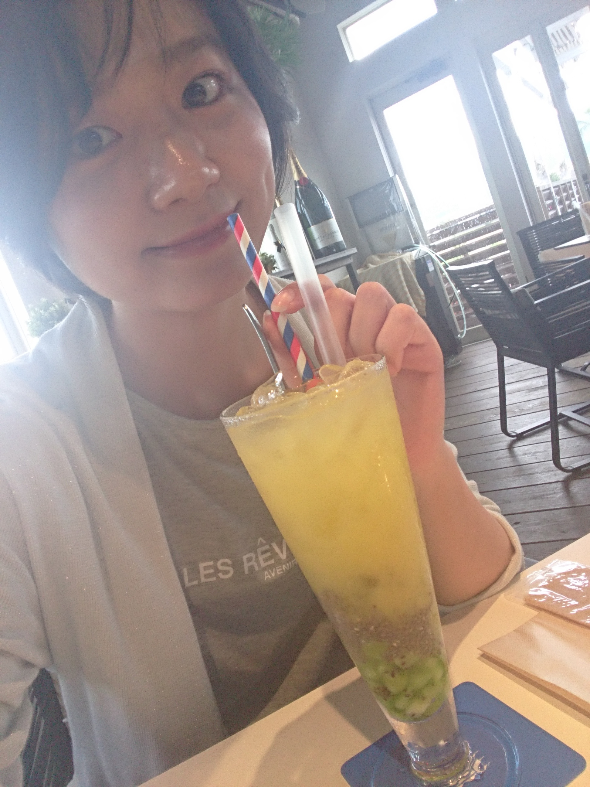 ≪兵庫県・西宮≫夏の「映え」スポットたくさん!海を眺めるプール付きカフェ☆_3