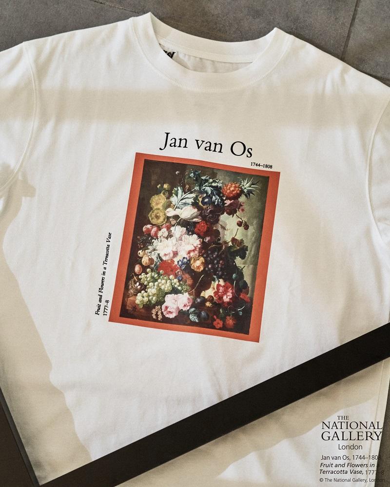 リリーブラウンのコラボTシャツ、ヤン・ファン・オズの絵画