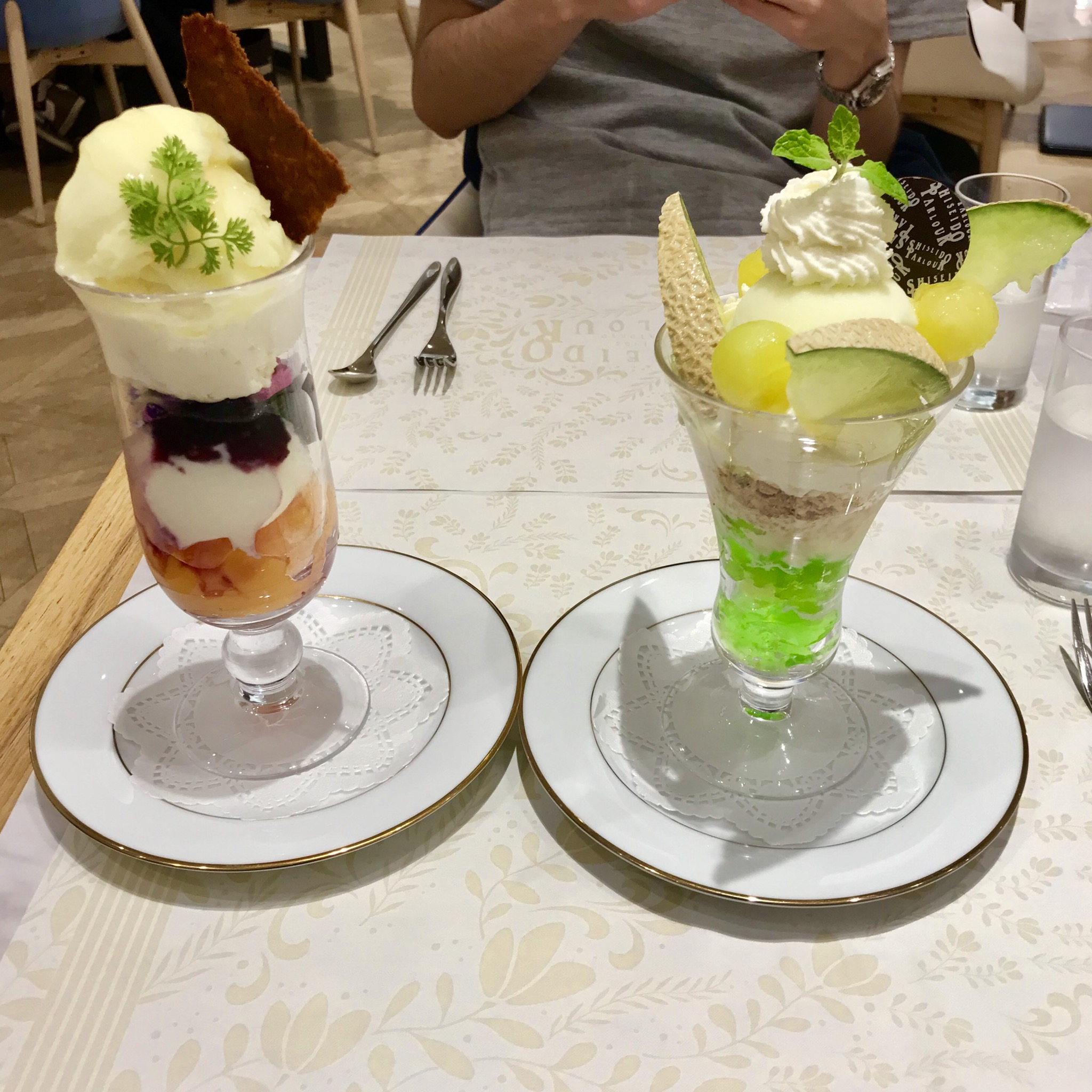 【期間限定!】夏が待ち遠しい マスクメロンパフェ〜資生堂パーラー〜_2