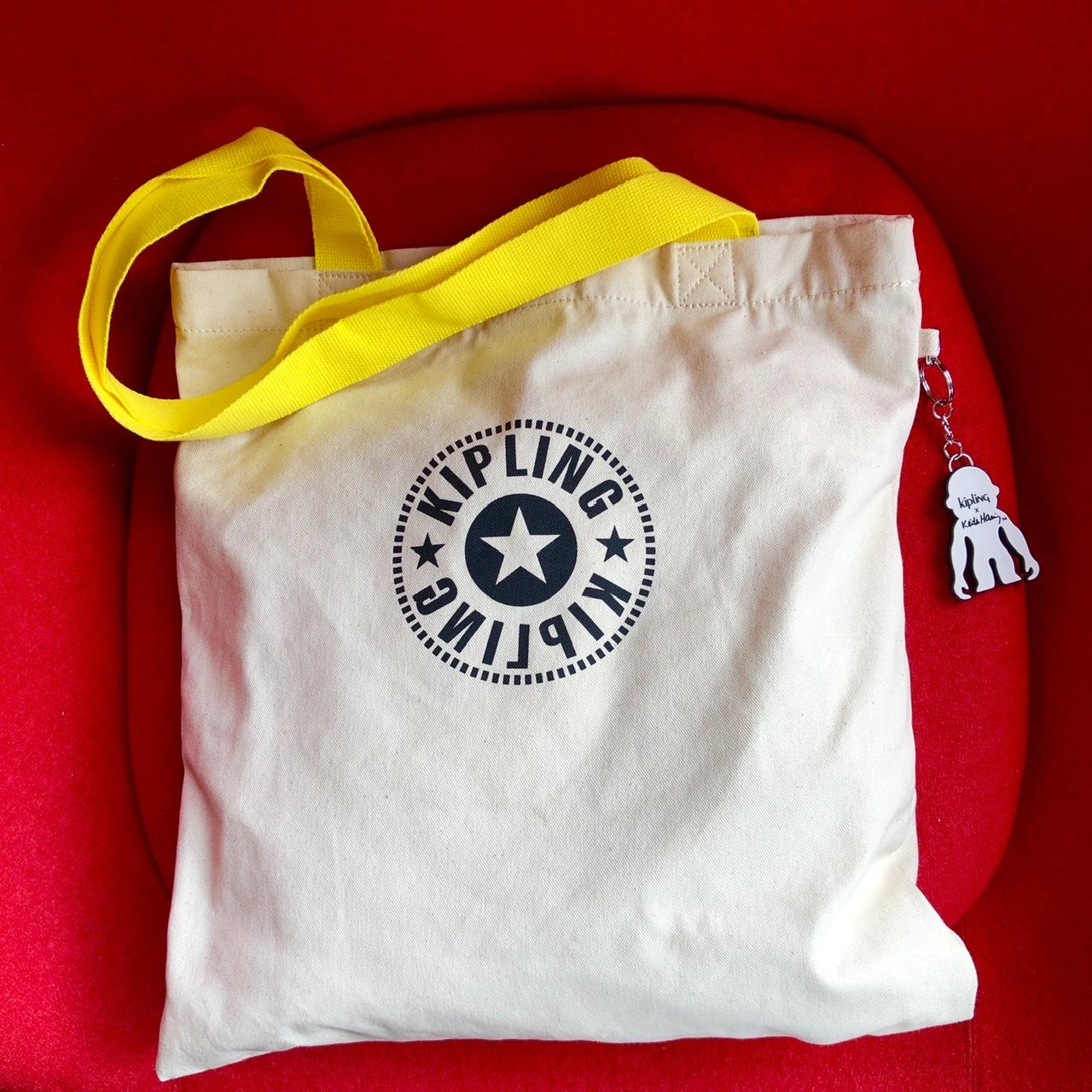 【キプリング】カフェでのリモートワークの必需品!なんでもすっぽり入って持ちやすいバッグって?♡_3