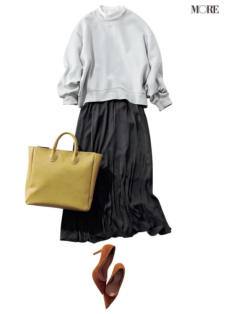 GUのスウェット×スカートのコーデ