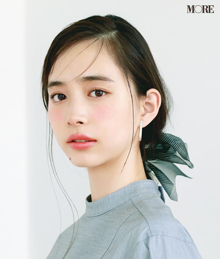 チークの入れ方【2020最新】- 顔型別の塗り方、リップと合わせる春の旬顔メイク方法まとめ_19