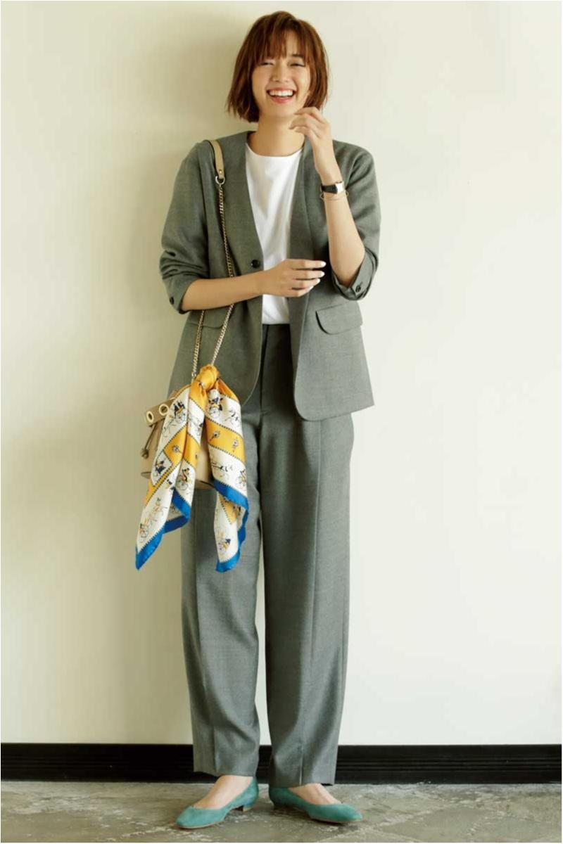 スカーフ,セットアップ,マニプリ,ジャケット,Tシャツ