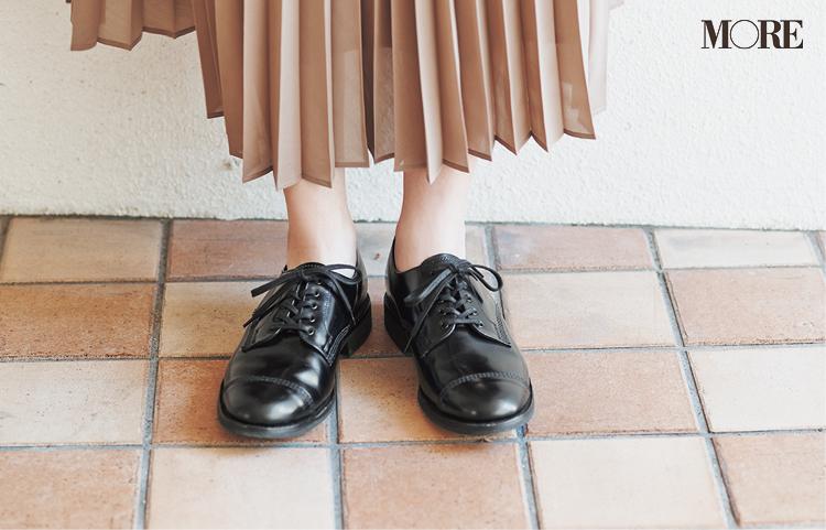 """新しく買わなくってもいいじゃん♡ ベージュのプリーツスカートは""""3足の靴""""で新鮮さがよみがえる!_4"""