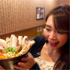 【29日:肉の日限定メニュー】フォトジェニックな辛味噌ラーメン♡