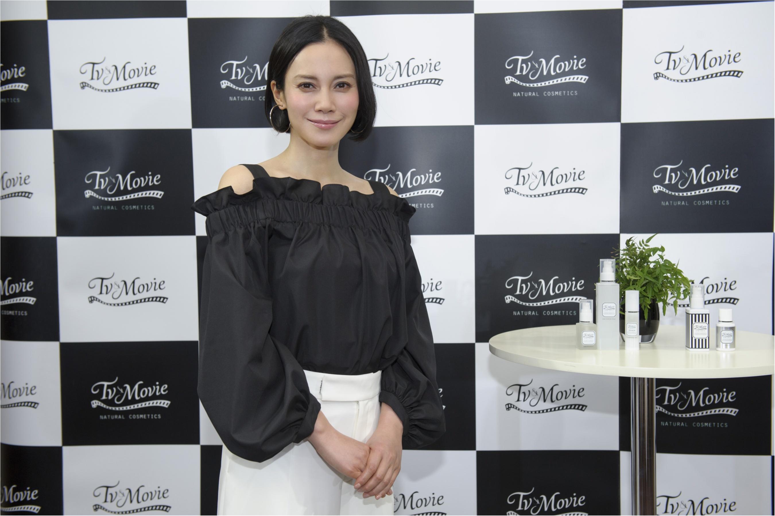 あまりの美しさに子分なべはるが失神寸前!? 中谷美紀さんの美肌を支える『Tv&Movie』の新製品発表会に潜入!_4