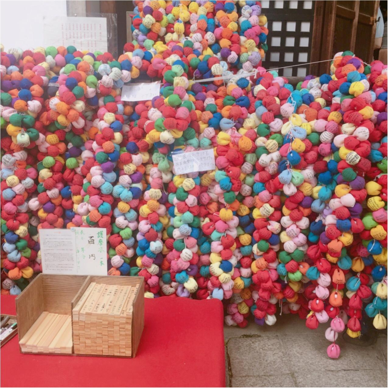 カラフルで可愛い♡ 京都にあるフォトジェニックなスポット《 八坂庚申堂 》って知ってる? おしゃれな写真のアイディア3選♡_3