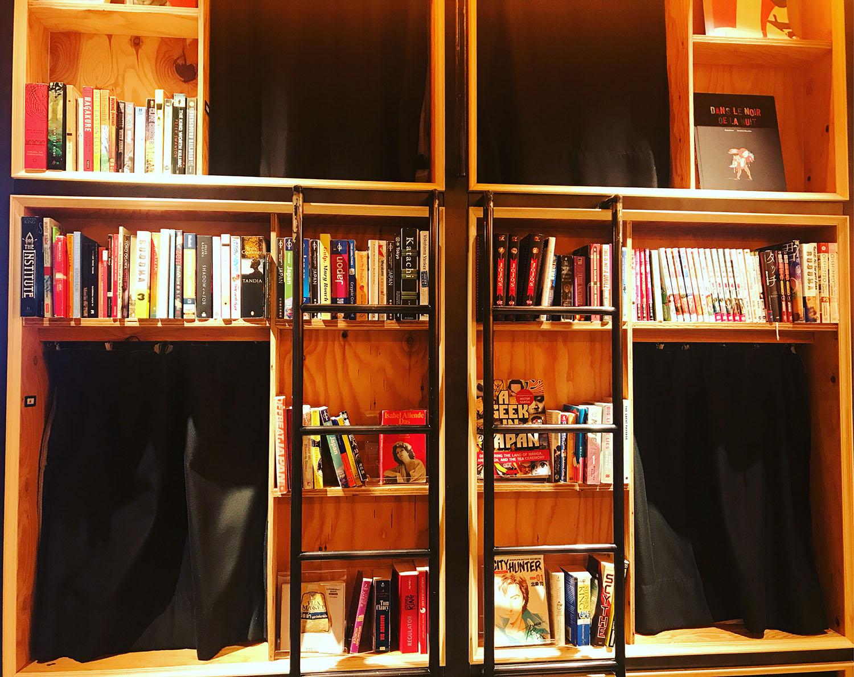 「by BOOK AND BED TOKYO Shinjuku」の店内02