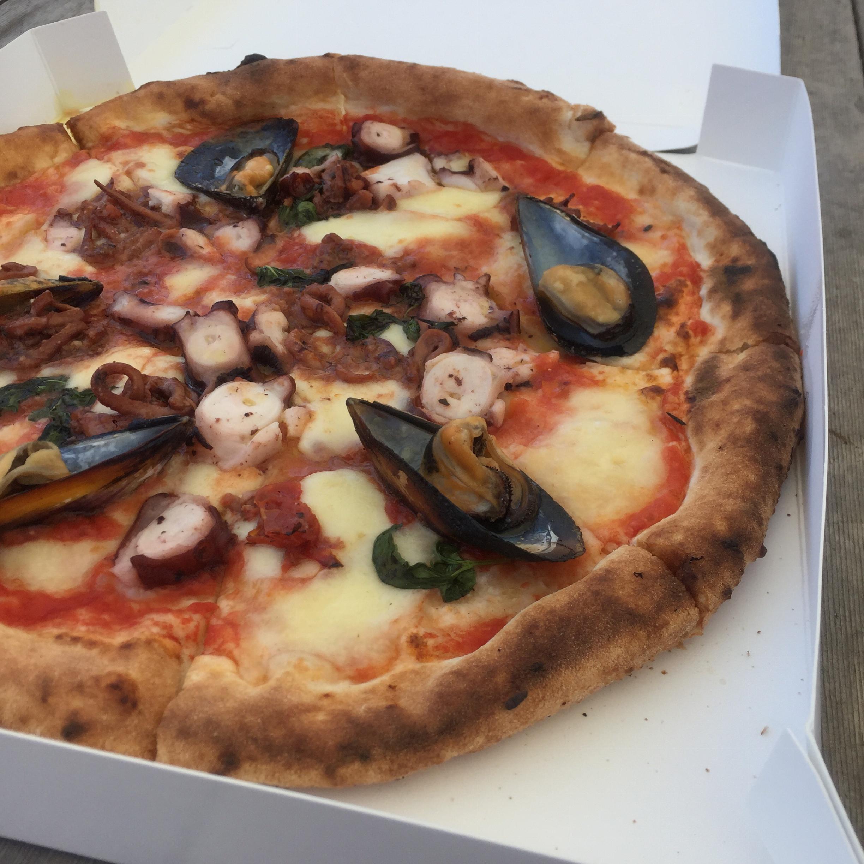 人気店のピザをテイクアウトしてピクニックを楽しもう♡!_3
