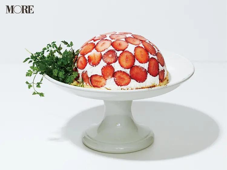 簡単スイーツレシピで作ったいちごドームケーキ