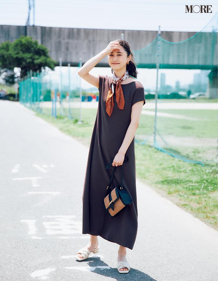 【ワンピースコーデ】ロング丈のTシャツワンピを一枚で着るコーデ