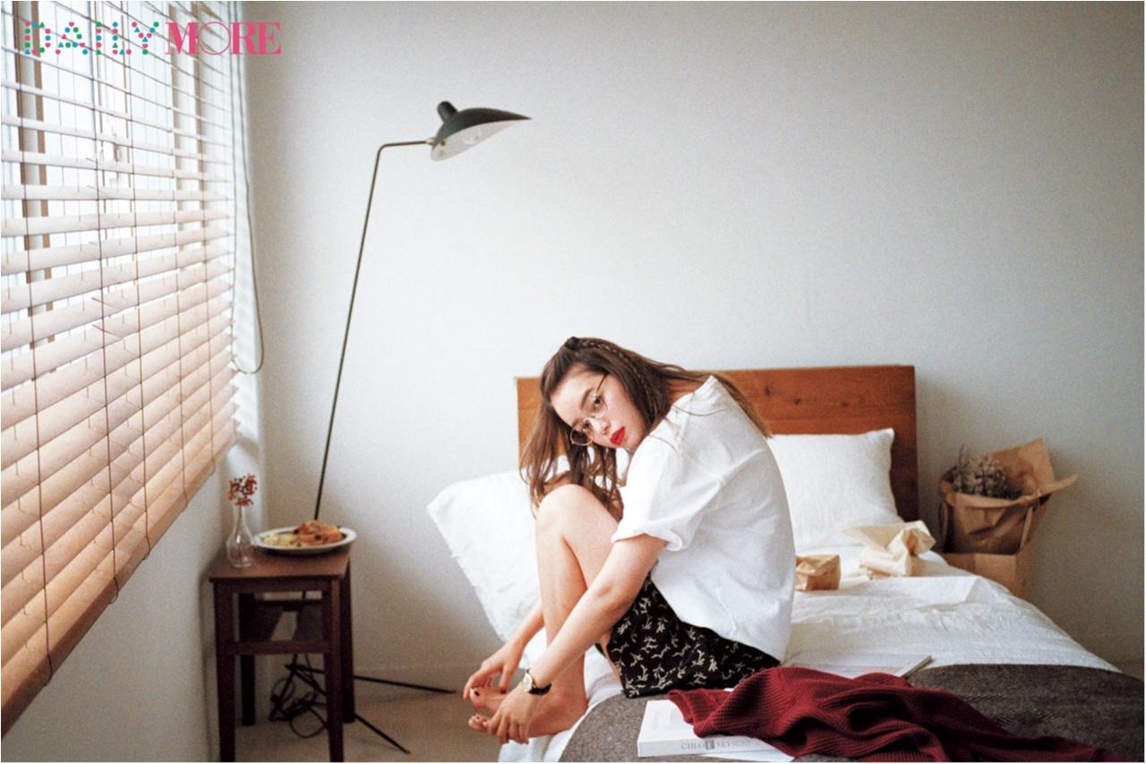【今日のコーデ/岸本セシル】のんびり過ごす休日は、Tシャツとミニスカートでラフな可愛さを満喫して♡_1