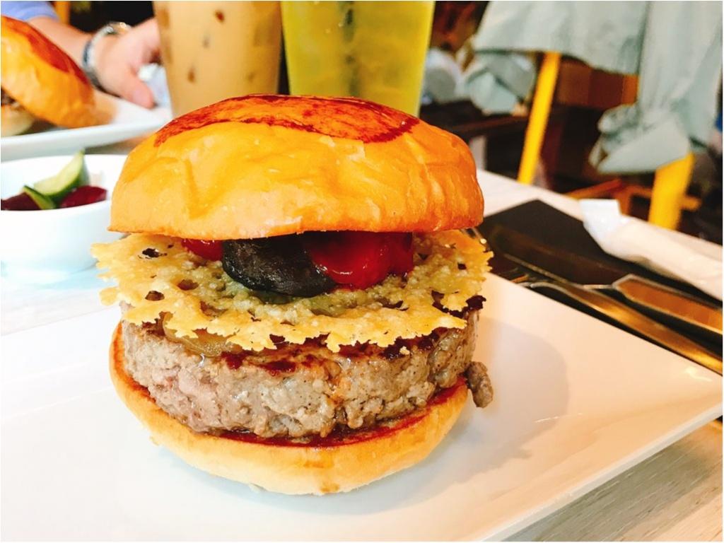 LA発・日本初上陸の人気ハンバーガーレストラン【UMAMI BURGER(ウマミバーガー)】で旨味がつまった絶品バーガーを堪能♡_4