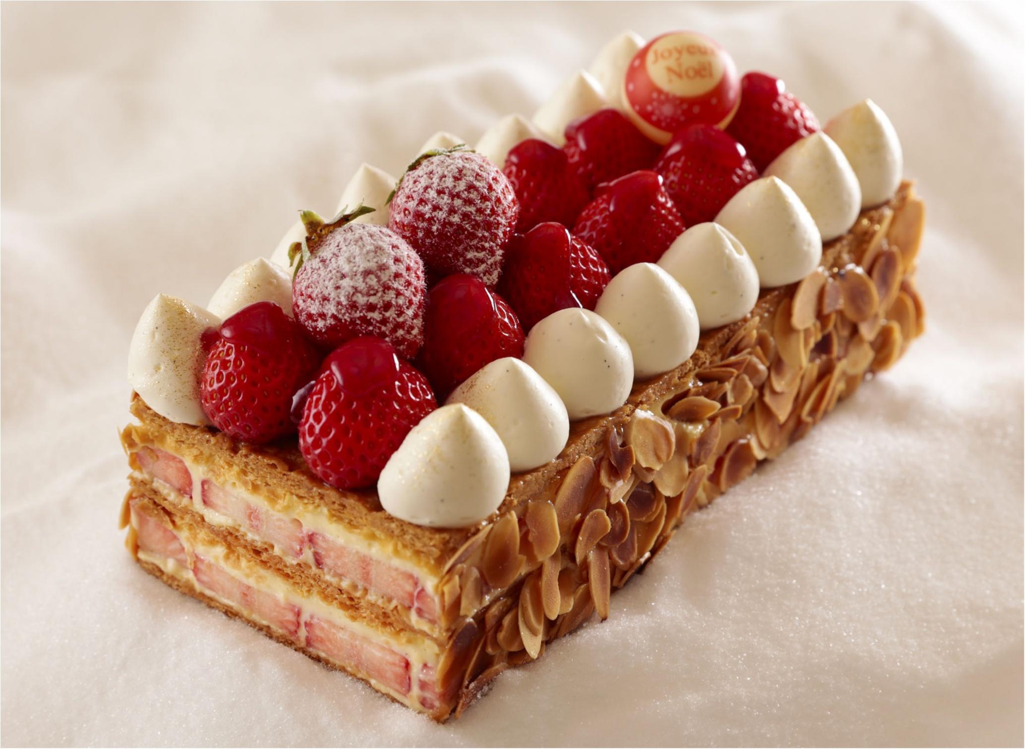 今年のクリスマスケーキは【ピスタチオ】に注目!? 『横浜ベイシェラトンホテル』のケーキで味わって♡_2
