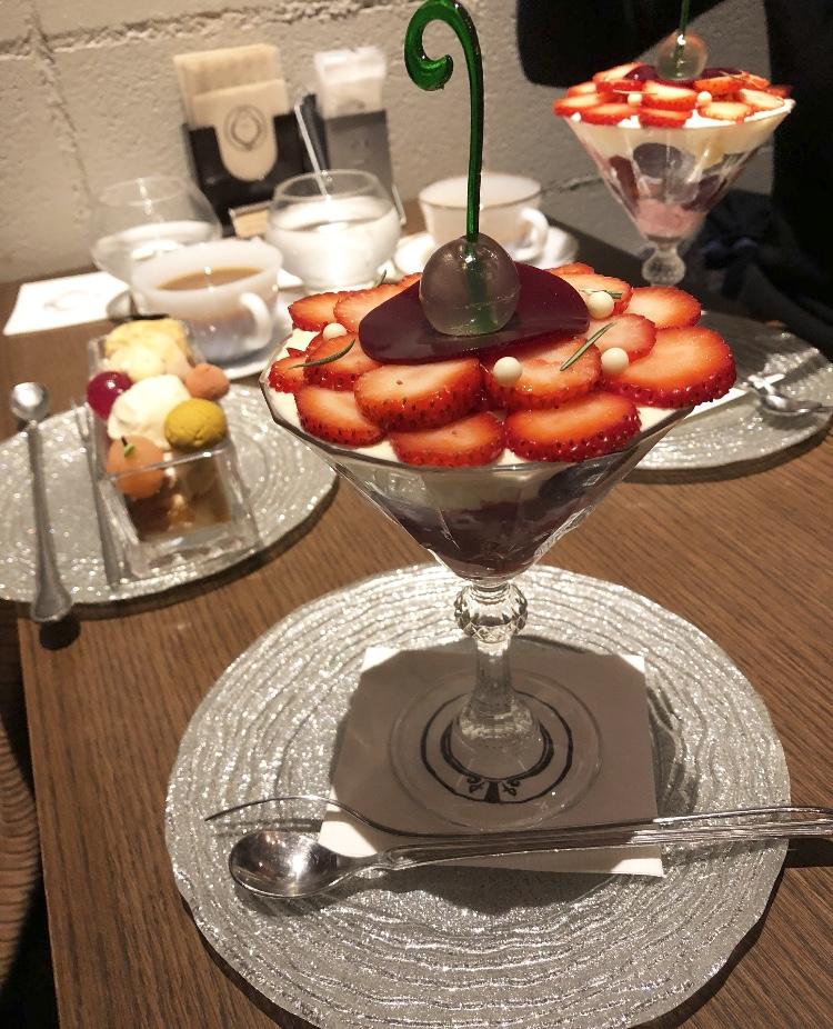 【ご当地♡札幌】大人気の夜パフェ専門店に行きました!_5