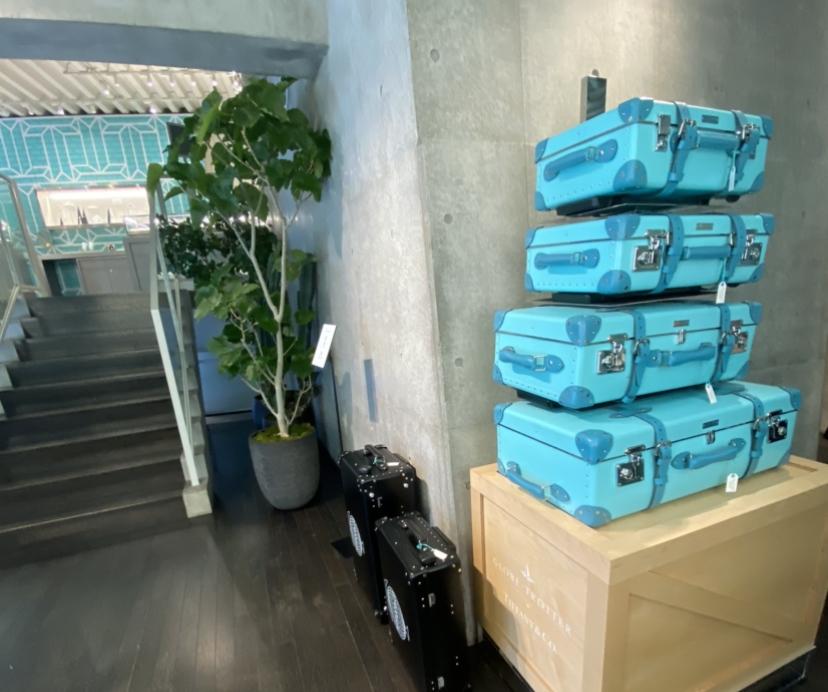 ティファニー キャリーケース スーツケース コンセプトストア 限定 キャットストリート
