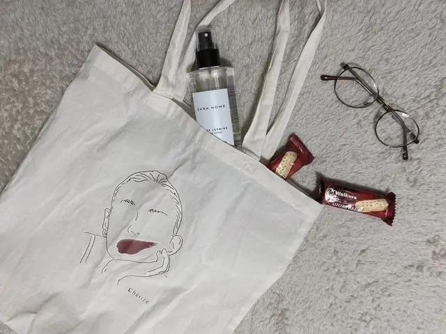 【働く女性のエコバッグまとめ】人気ブランドのおしゃれなバッグも♡ MOREインフルエンサーズのMyバッグ特集_21