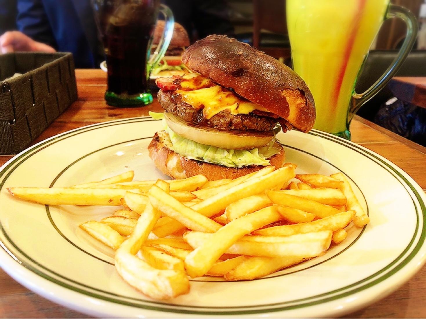 【食べログ百名店】都内のおすすめハンバーガー屋さん3選♡_4