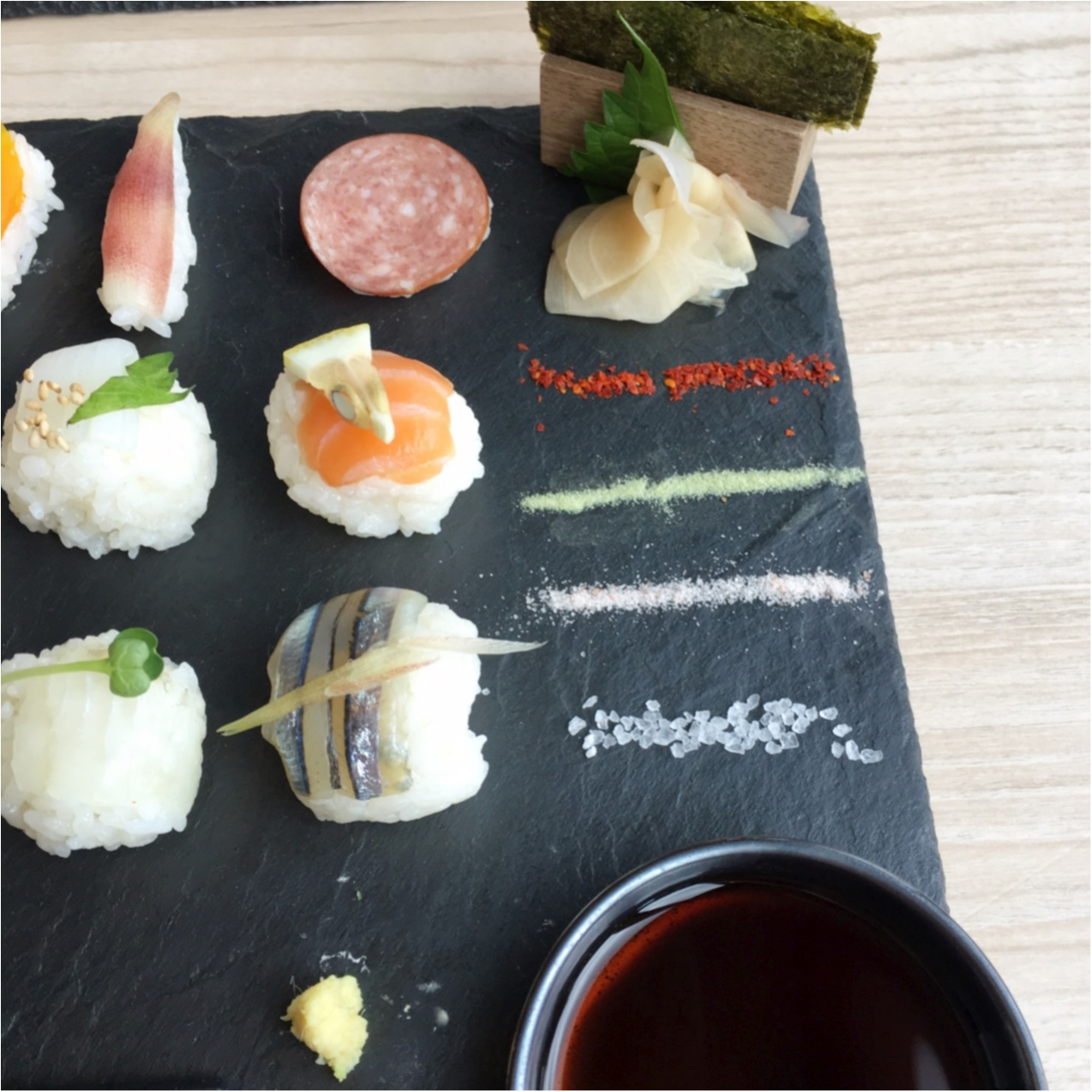インスタ映え間違いなし!可愛すぎる♡♡フォトジェニックな手まり寿司はいかが?_5