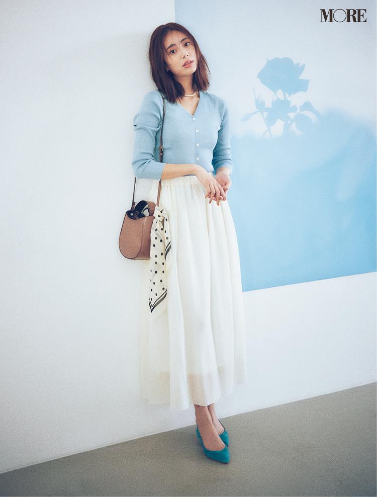 色使いで理想の自分に一歩近づく。くすみブルーには「+白」で素敵さ倍増!_2