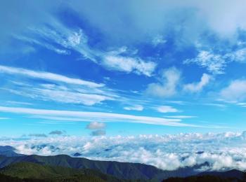 【絶景宿】星空だけじゃない!朝には《雲海ツアー》に行けちゃう標高2000mの宿♡