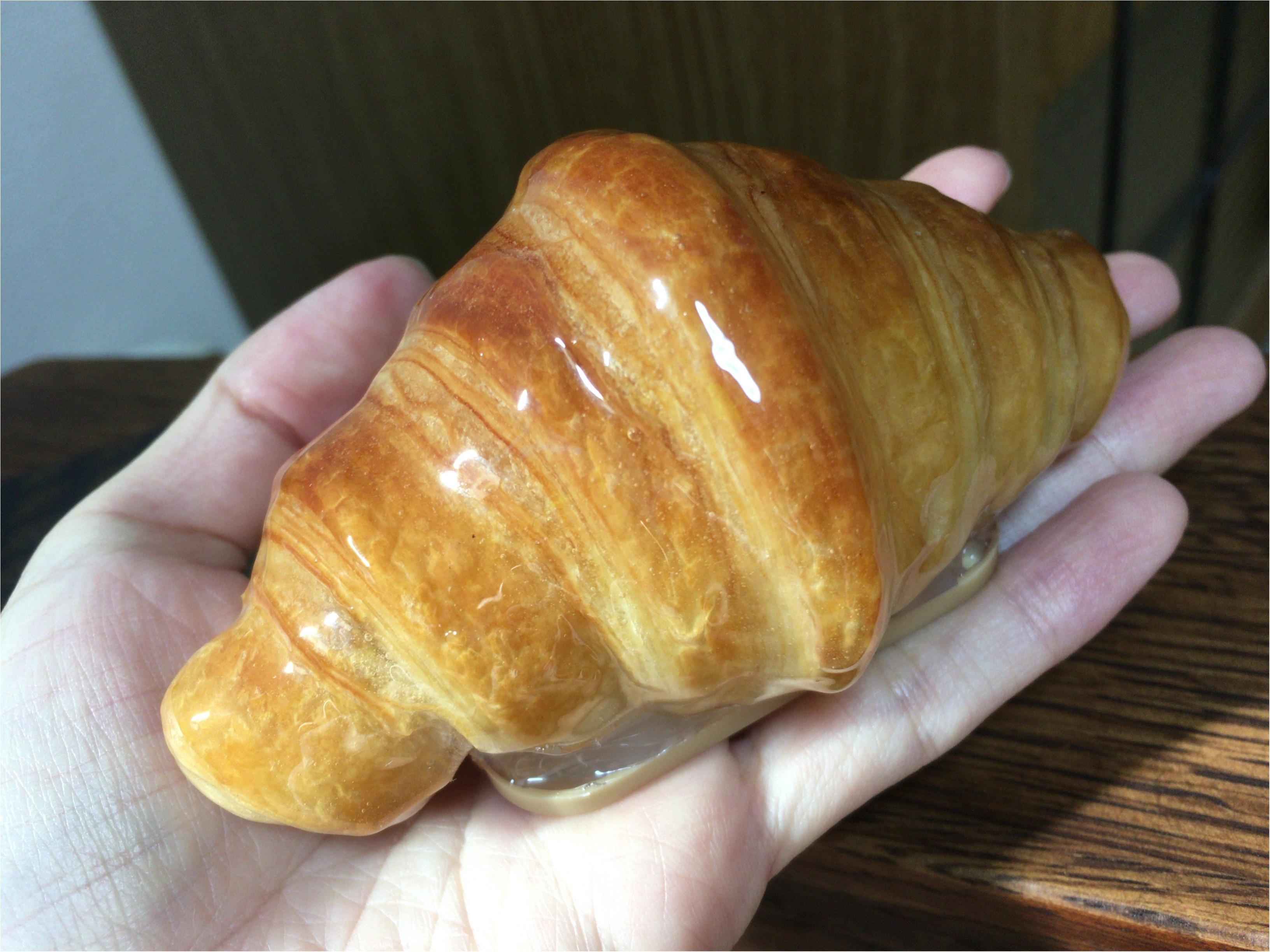本物のパンでライト?クロワッサンが可愛い《パンプシェード》って何?なインテリア雑貨を見つけました!_4