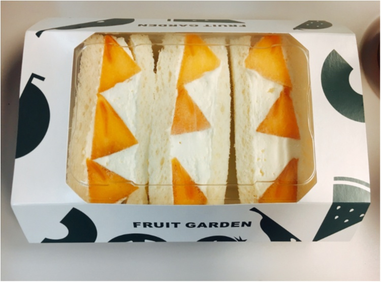 【出張グルメ】ジューシーなフルーツにふわっふわのクリームに癒される♡ 新大阪駅ナカで買える!『山口果物』の絶品フルーツサンド♡_3