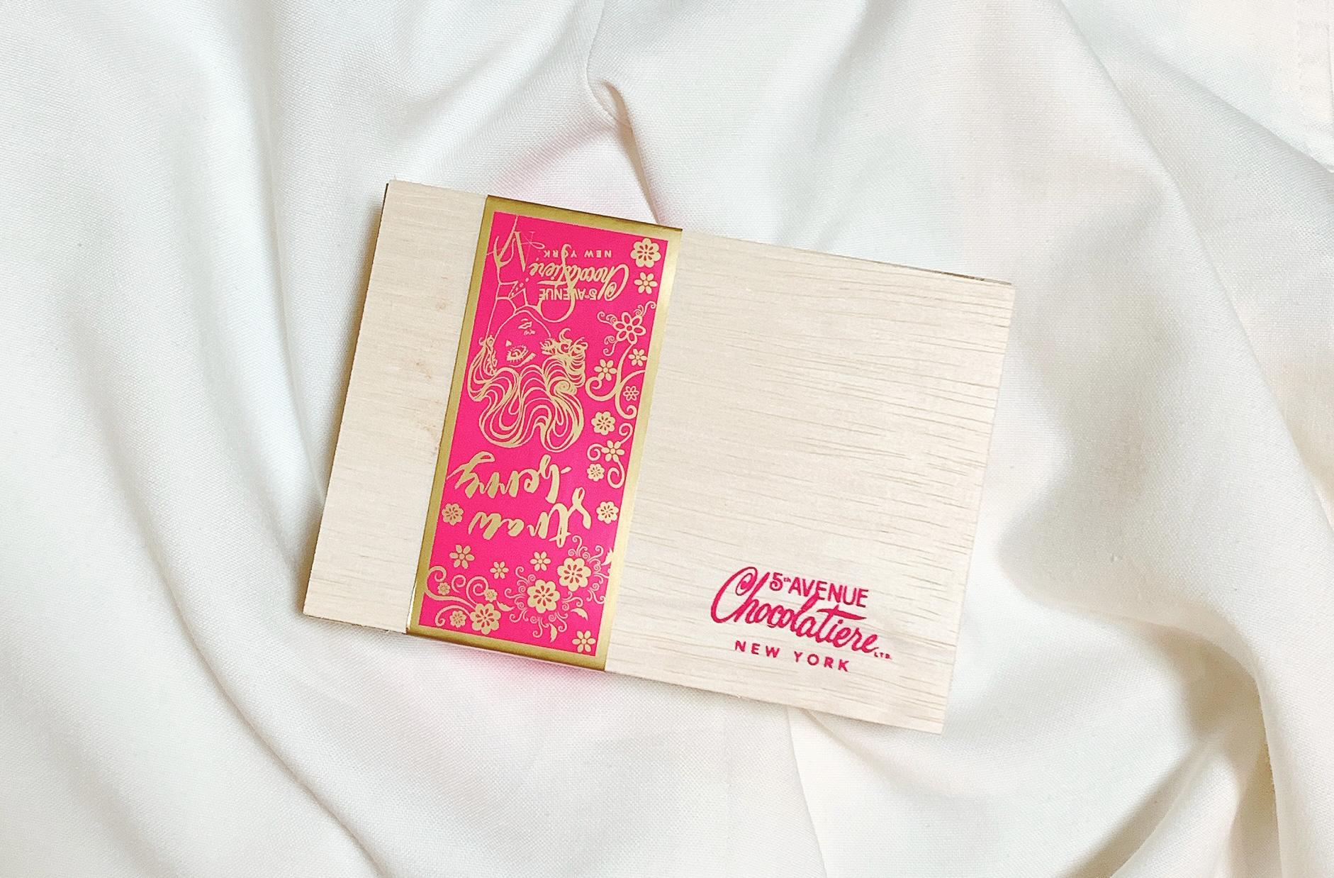 バレンタインMYチョコや本命チョコにおすすめ!ニューヨーク生まれ「5th AVENUE Chocolatiere」の生チョコが大人な味わいで美味しい★今回はストロベリー風味トラッフルにしてみました_1