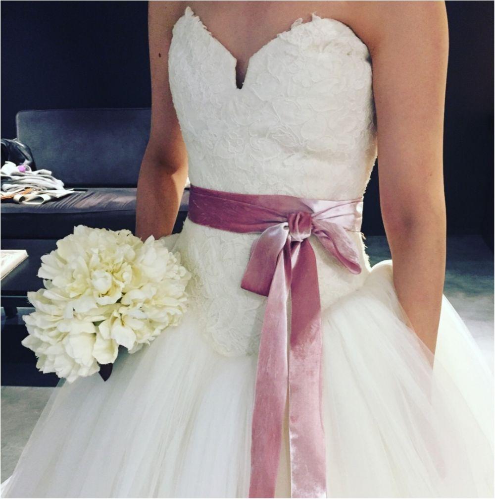 卒花さんに聞く【ドレス特集】-  結婚式・二次会におすすめ! プレ花嫁さんに人気のおしゃれなウェディングドレスは?_19