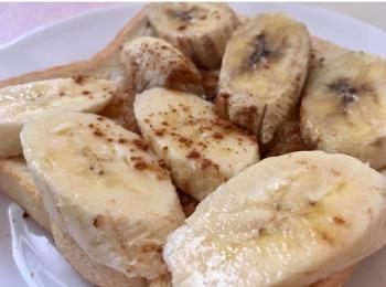 明日つくれる!簡単おいしい。バナナハニーバターシナモントースト♡