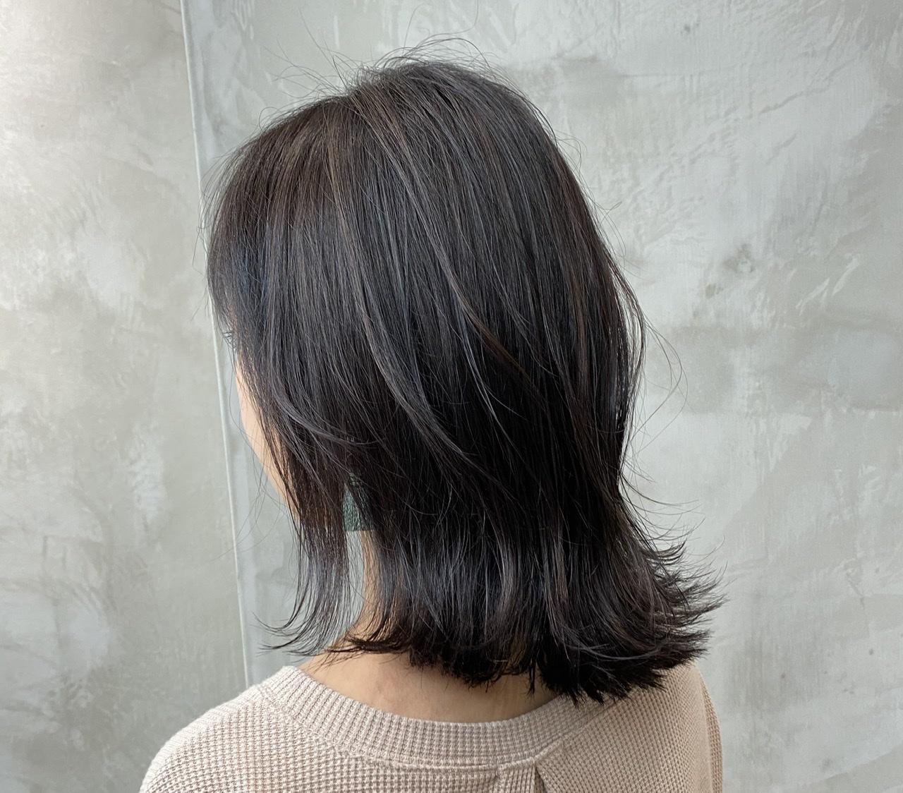 【夏ヘアスタイル】ハイライトでつくるおしゃれ髪!グレージュカラーでトレンド感アップ♡_1