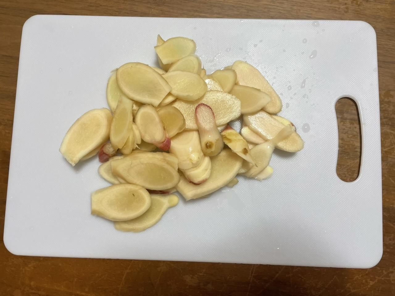 薄切りにした生姜