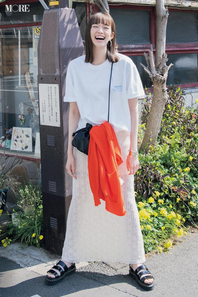 【今日のコーデ】ゆるTシャツをスカートに合わせた佐藤栞里