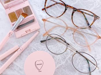 【メガネ主体のメイクが可愛い】JINS×イガリシノブのメーキャップメガネ