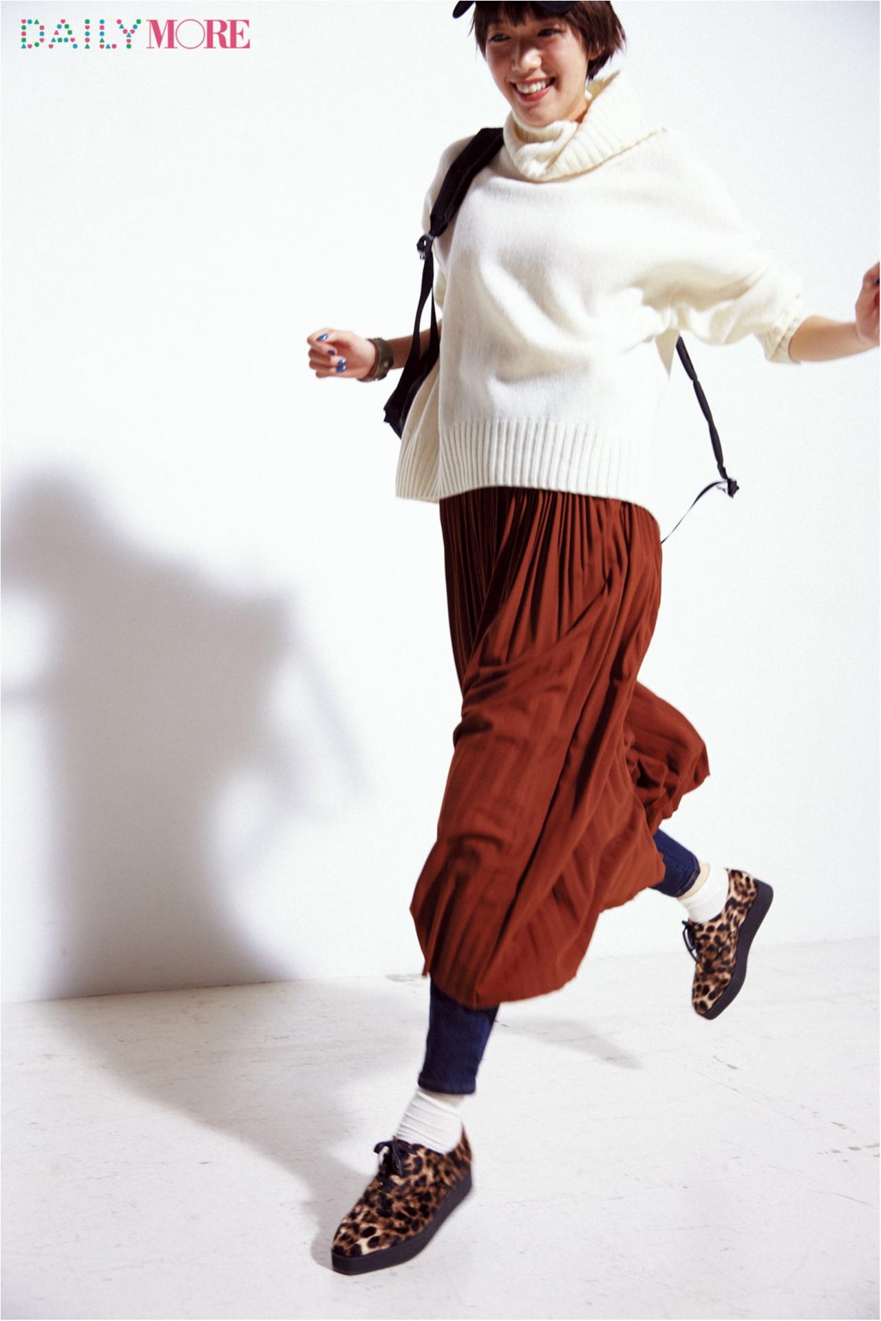【今日のコーデ/佐藤栞里】お買い物日和の土曜日は遊び心のある足もとコーデにトライ♪_1
