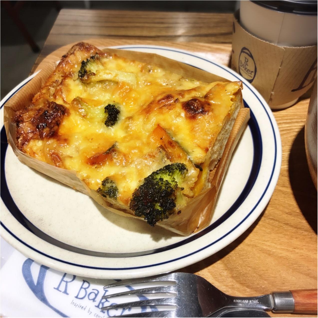 TSUTAYAが運営するカフェ【R Baker(アールベイカー)】でパンランチ♡_3