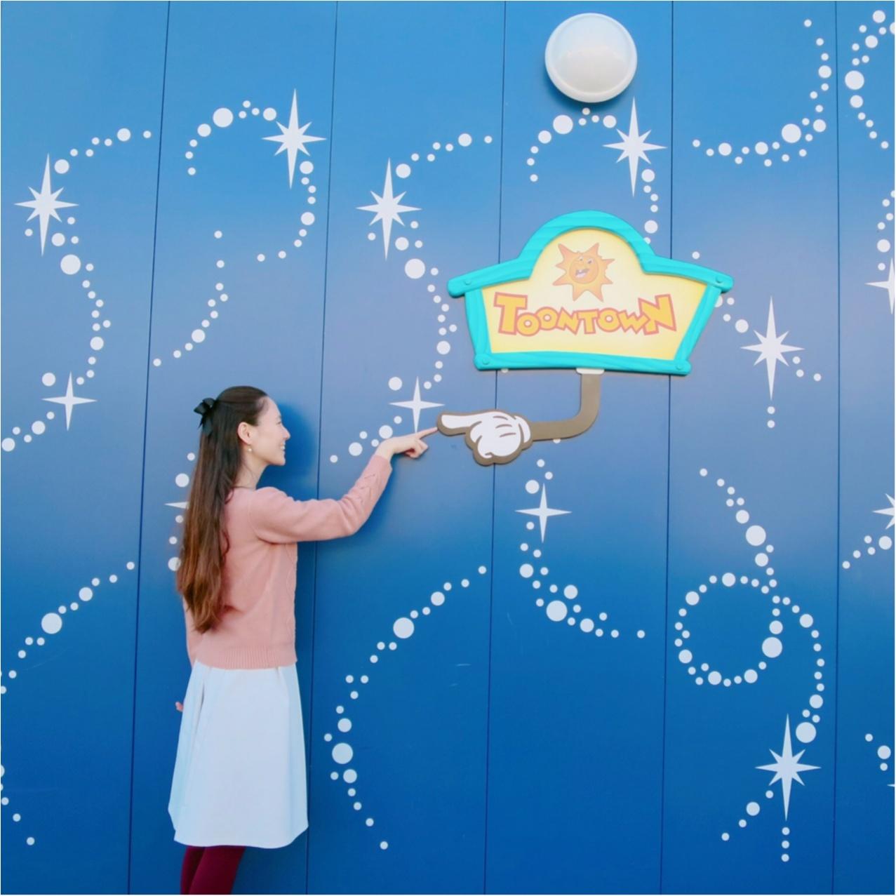 撮るだけでかわいくなる♡ ディズニーランドの工事中の壁が《 フォトスポット 》になってるって知ってる?_2