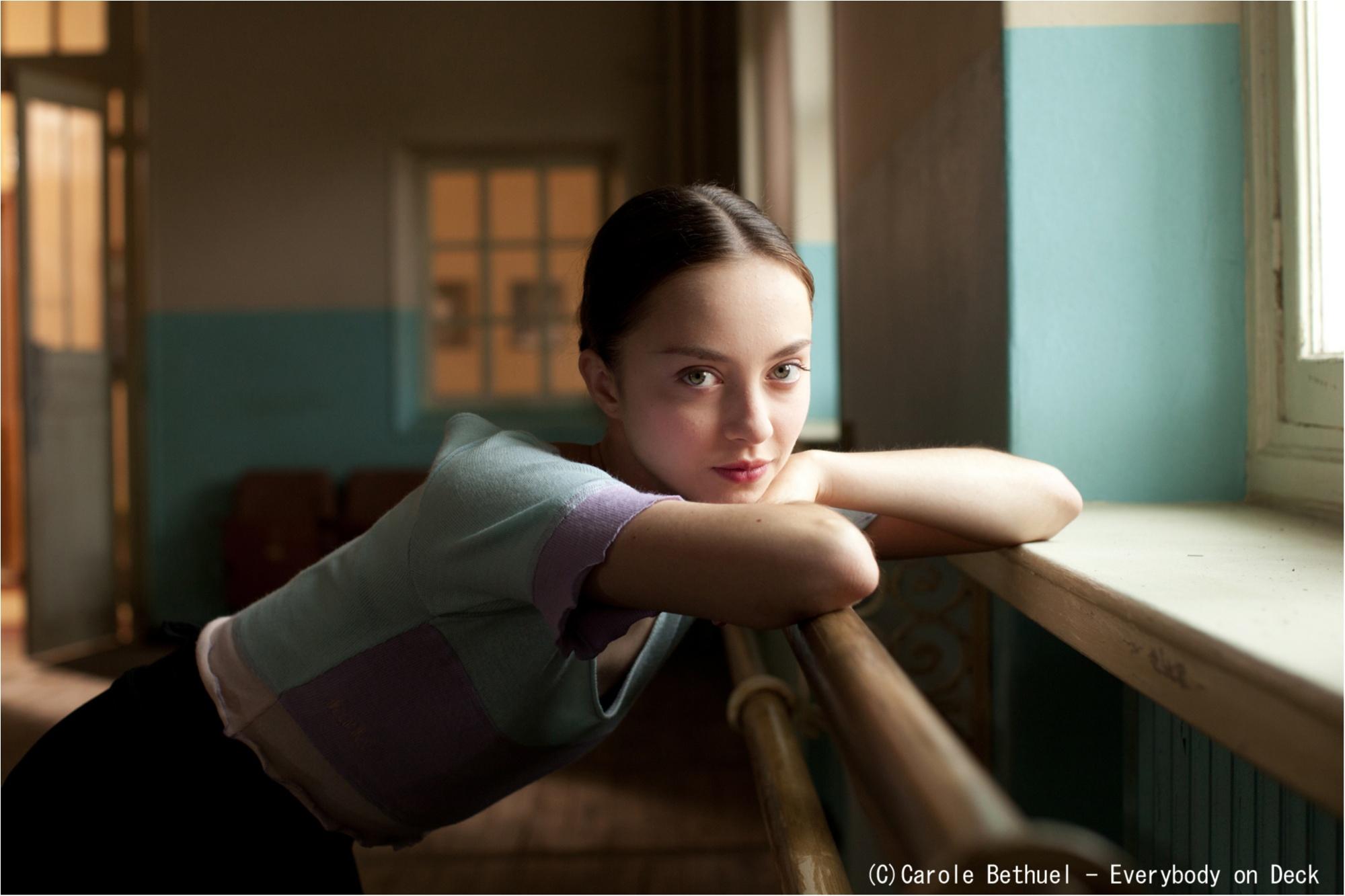 クラシックもコンテンポラリーも! 美しきシンデレラ・ガールが圧巻の踊りを披露するダンス映画『ポリーナ、私を踊る』_1
